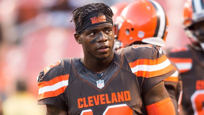 Cleveland Browns wide receiver Josh Gordon (12) during warmups prior to the game against the Chicago Bears at FirstEnergy Stadium.