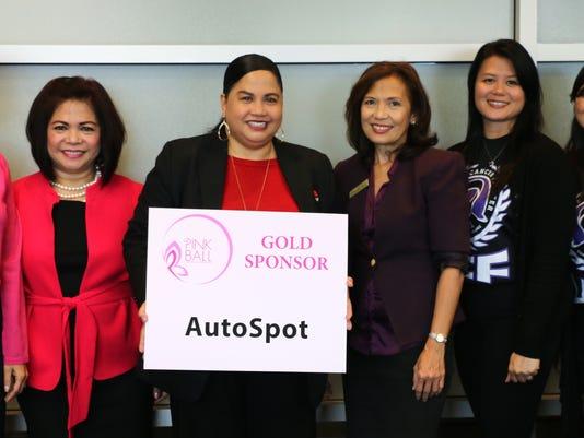 635744063331056492-2015-Pink-Ball-Gold-Autospot