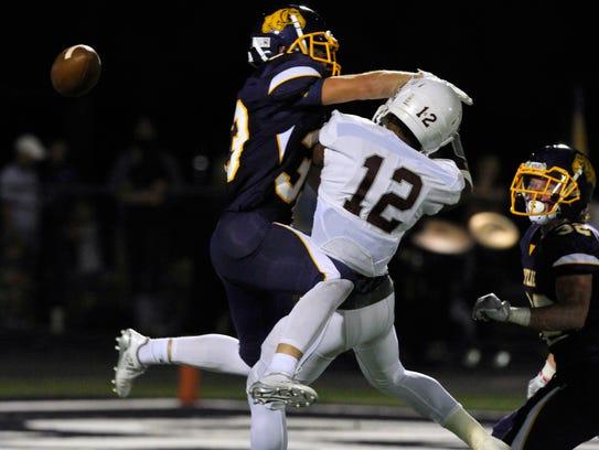 Wylie High School defensive back Brady Horn blocks