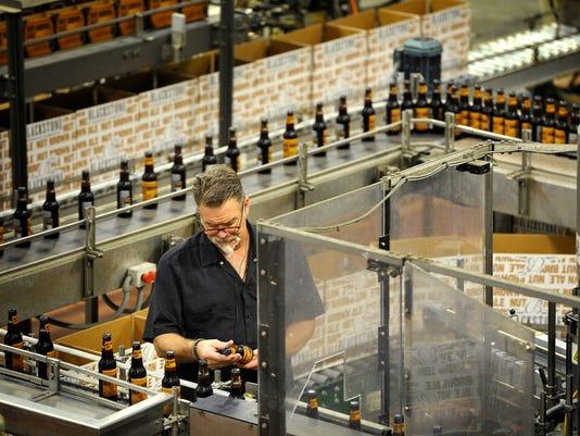 635838893824062094-Nashville-s-craft-beer-01.jpg