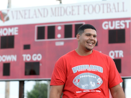 PHOTOS: Jamil Demby gives back at Vineland Midget Football League camp