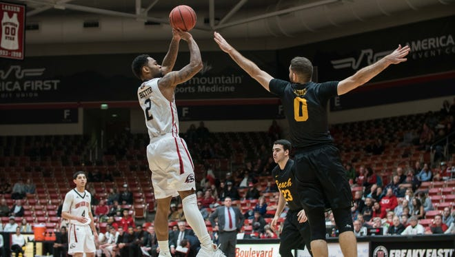Brandon Better shoots during SUU's 94-89 win over Long Beach State on Dec. 6.