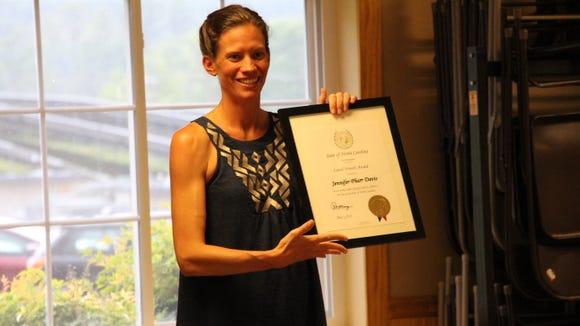 Jennifer Pharr Davis receives the Laurel Wreath Award, North Carolina's highest award for athletic achievement.