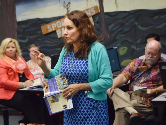 """ANI LC seminar Linda Kargis-Bone conducts a workshop for Louisiana College faculty entitled """"Lean In from the Lecture: Strategies for Student Engagement in the College Classroom."""" Bone has written more than 30 books including """"Brain Tips."""" -Melinda Martin"""