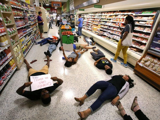 Die-in at Publix