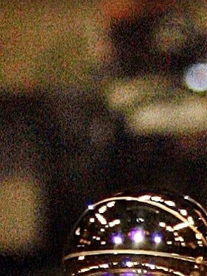 Spurs forward Tim Duncan retires after 19 seasons