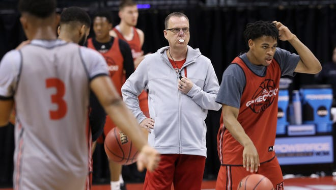 Jacksonville State head coach Ray Harper conducts practice ahead of their NCAA first round matchup against U of L.