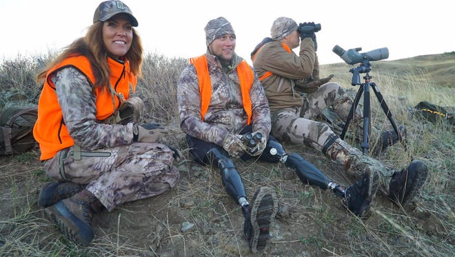 "Jana Waller and Jim Kinsey of ""Skull Bound TV"" take a double amputee hunting."