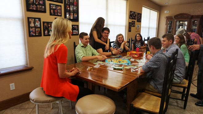 """FOX News Channel's Megyn Kelly sitting down with the Duggar children of the TLC program """"19 Kids and Counting,"""" on Wednesday, June 3, 2015."""