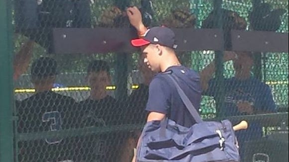 Recent Atlanta Braves signee Braxton Davidson met up with the Mountain Expos 13U baseball team while they were in Orlando.