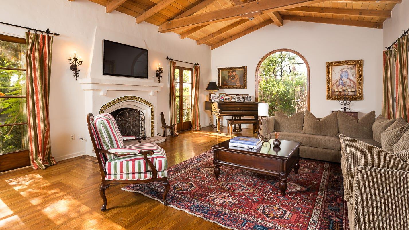 clark gable estate for sale at $2.195 million