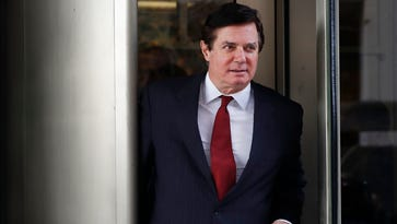 Mueller files new charges against former Trump aides Paul Manafort, Rick Gates