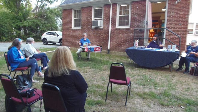 Darlene Sampson,Nancy Clark, Cindy Brogan, Don Sampson, Denise Wheeler and Joyce Clark at the GFWC Taunton and Raynham Junior Women's Club's September meeting.