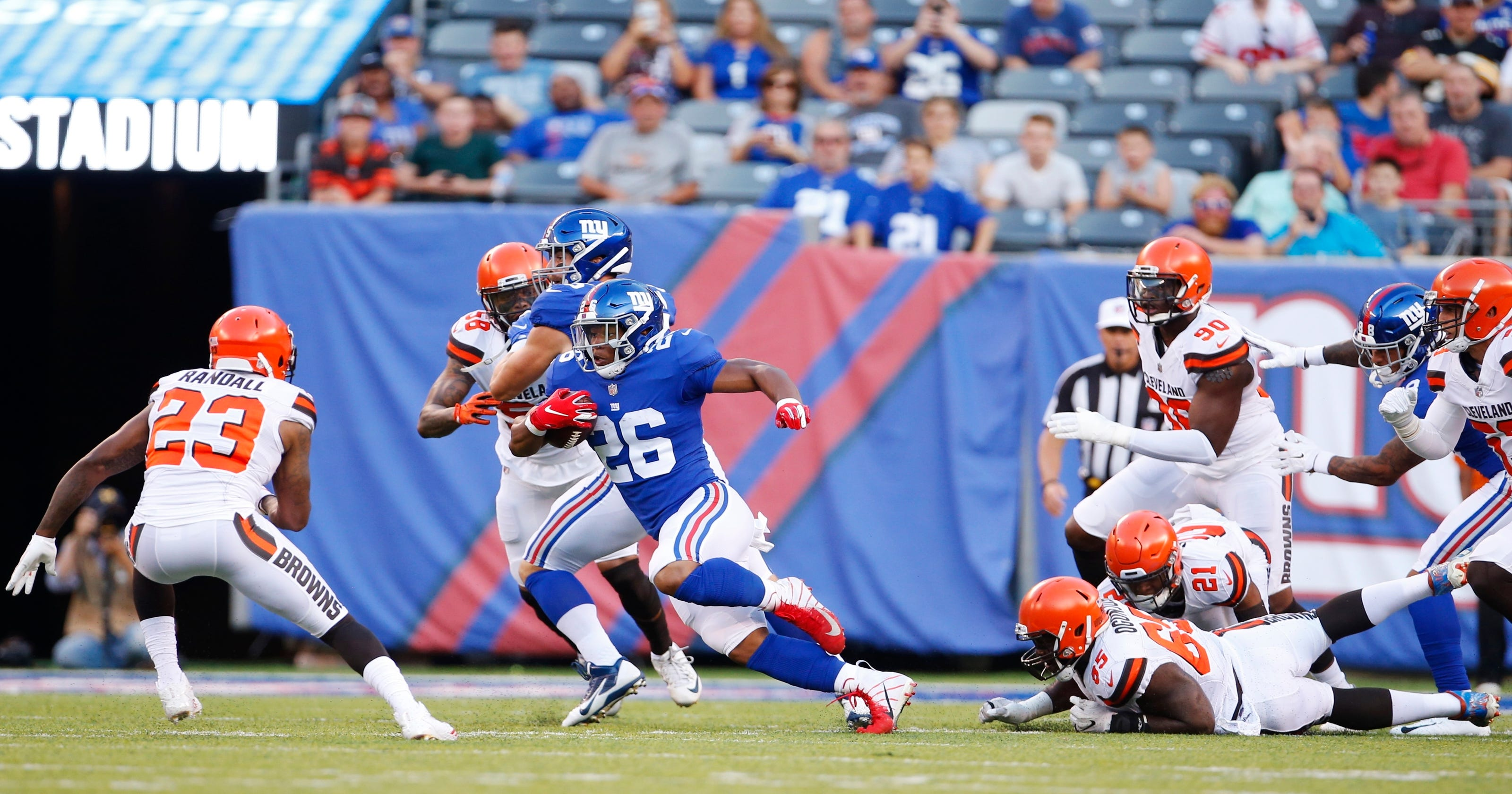 1fd66d9d5 Mayfield and Barkley have strong debuts in preseason opener