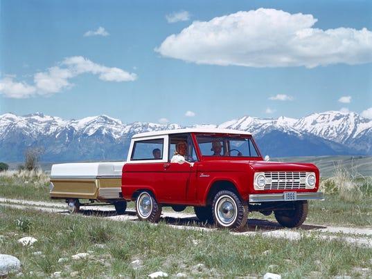 636325350733330976-1966-Ford-Bronco-neg-CN3808-028.jpg