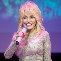 Dolly Parton creates holiday Spotify playlist for Christmas season