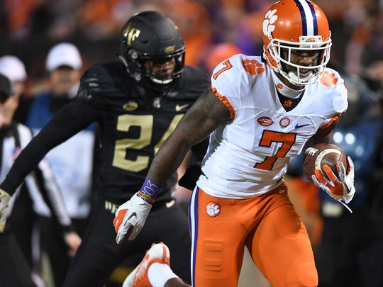 Mike Williams (7) is one of 14 players from last year's Clemson football team who will look to impress NFL scouts at Thursday's pro day.