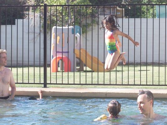 PoolFence 8