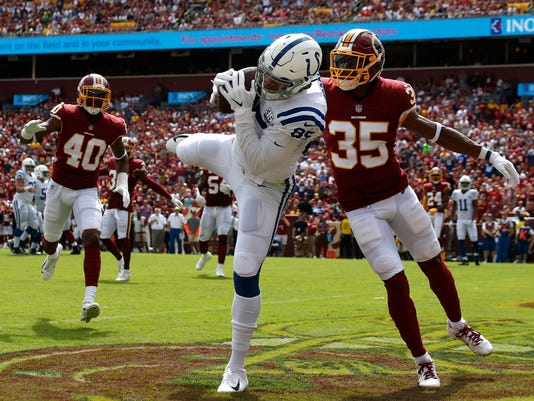 Colts_Redskins_Football_96177.jpg