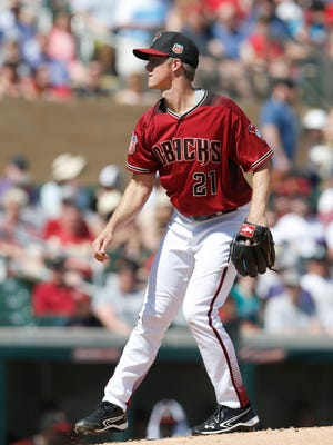 Mar 14, 2016: Arizona Diamondbacks starting pitcher Zack Greinke (21) in the first inning during a spring training game against the Seattle Mariners at Salt River Fields at Talking Stick.