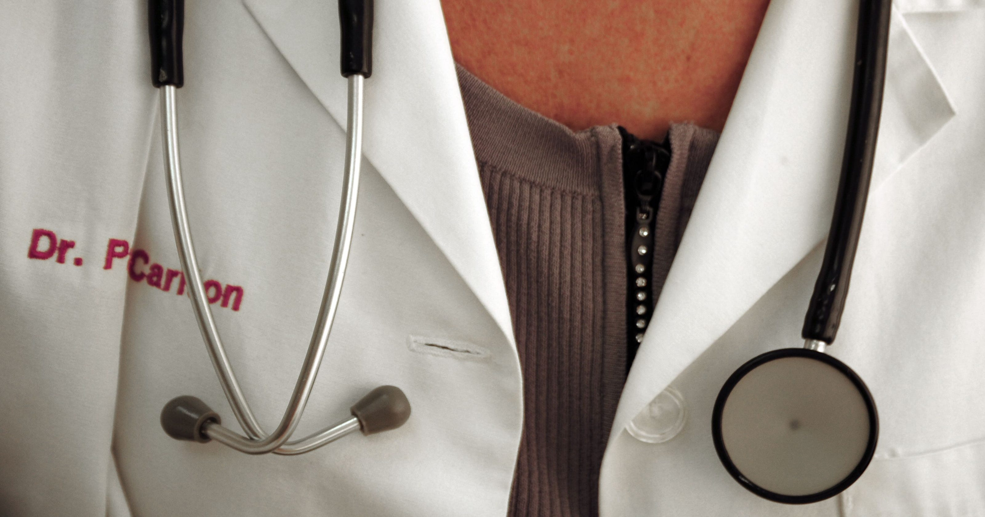 Texas doctor apologizes for saying women \'do not work as hard\'