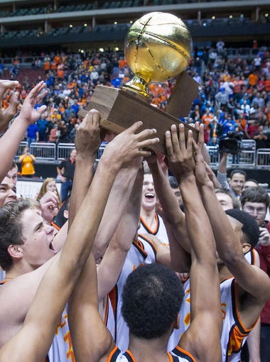 Take a look back at the schools that have won titles in boys basketball in Arizona since 1985, listed in order of championships.