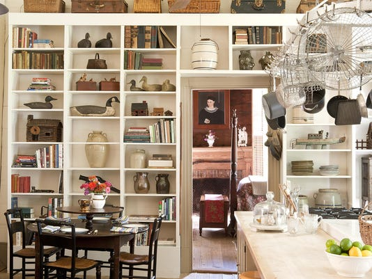 Homes Past and Present Living With Heirlooms (4)