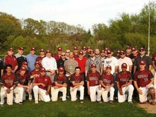 Bloomfield baseball honors 1996 team with reunion