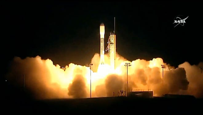 A United Launch Alliance Delta II rocket lifts off carrying the Joint Polar Satellite System-1 (JPSS-1) satellite, Saturday from Vandenberg Air Force Base.
