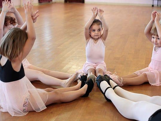 -MNI 0729 ballet 04.jpg_20130729.jpg