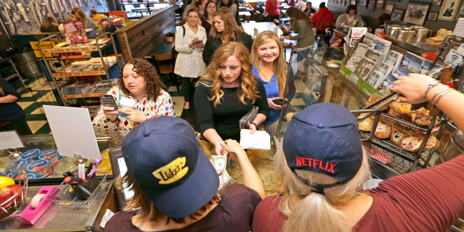 c6673aaefdd96  Gilmore Girls  fans pour into coffee shops