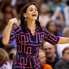 Mercury coach Sandy Brondello yells to her players against the Los Angeles Sparks during Game 1 of the WNBA Western Conference semifinals on Aug. 22, 2014.