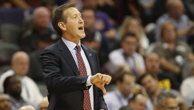 Phoenix Suns head coach Jeff Hornacek calls a play against the Los Angeles Lakers in the first quarter during NBA action at Talking Stick Resort Arena in Phoenix November 16, 2015.