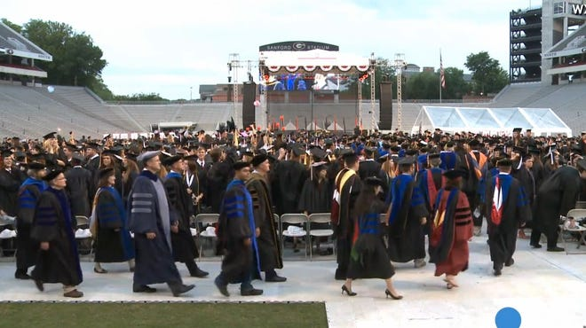 Employers expect to hire more college graduates from the class of 2014 than from the class of 2013, a new study shows.