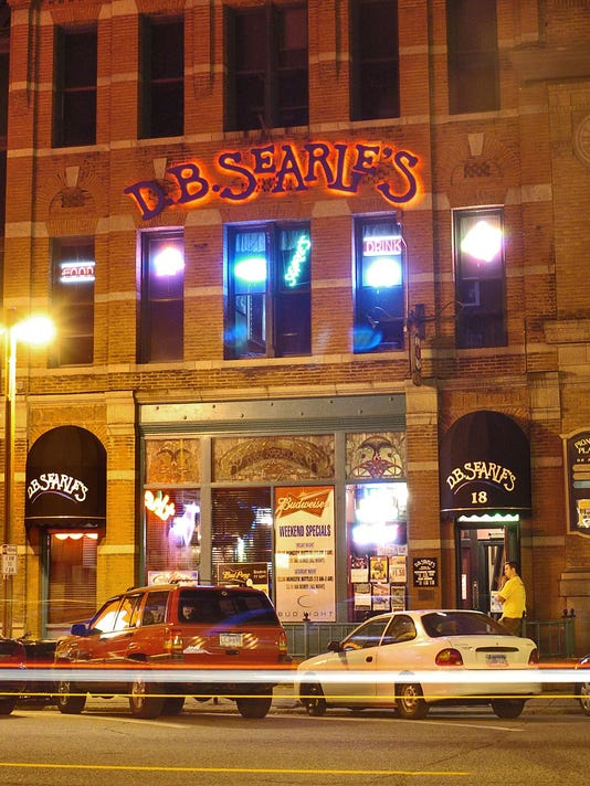 On the scene: Monday night at D.B. Searle?s in downtown St. Cloud
