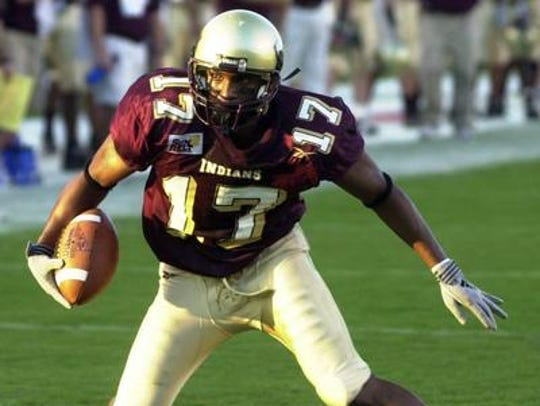 Vincent (17) held ULM's all-time receptions record