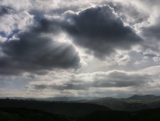 Ray-clouds-1.jpg