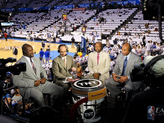 Charles Barkley, far right, and his TNT family, from