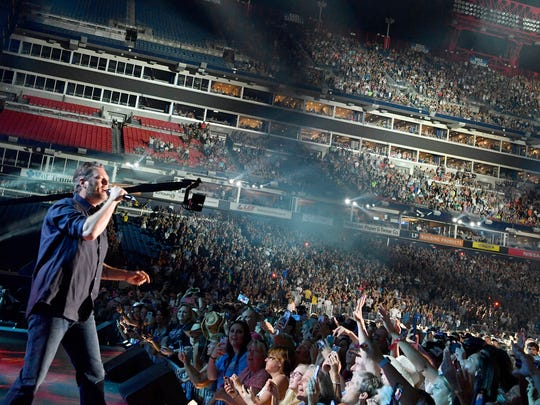 Blake Shelton performs during the CMA Fest at Nissan Stadium Friday, June 9, 2017, in Nashville, Tenn.