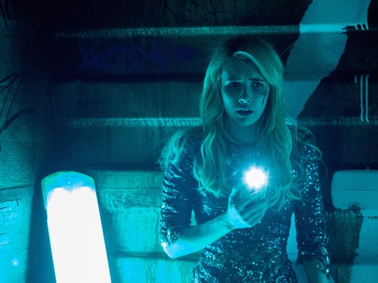 """In """"Nerve,"""" the moves made by Vee (Emma Roberts) are orchestrated by millions of """"watchers."""""""