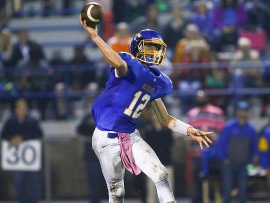 DCA quarterback Henry Mosley