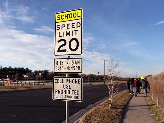 main-1059406001-school-zone01.JPG