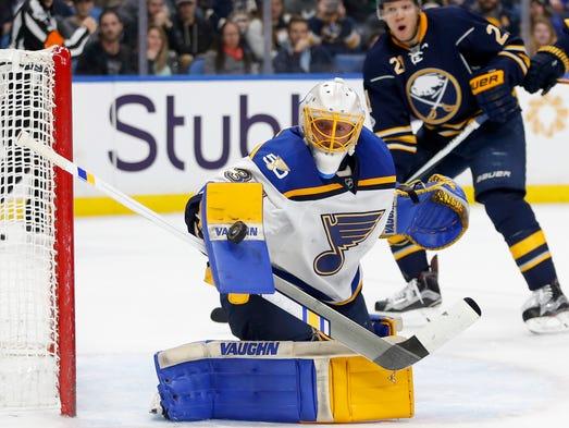 Feb 18: St. Louis Blues goalie Jake Allen (34) makes