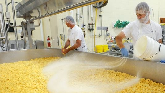 Wisconsin Cheese Makers Association is calling on federal lawmakers to modify language in Section 199A of the recently-approved tax reform policy to ensure a stable agribusiness economy.