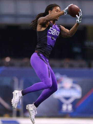 Michigan State CB Trae Waynes shows off his ball skills