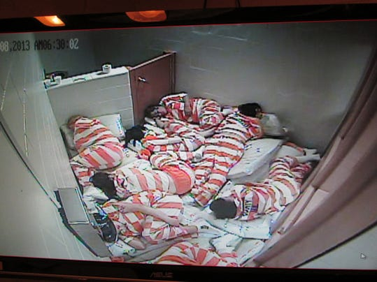 Women jail overcrowding_01.jpg