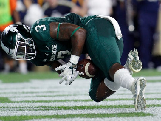 Sept. 23: LJ Scott tries unsuccessfully to recover