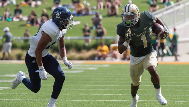 Rice cornerback V.J. Banks, left, has verbally committed to join the CSU football program as a graduate transfer.