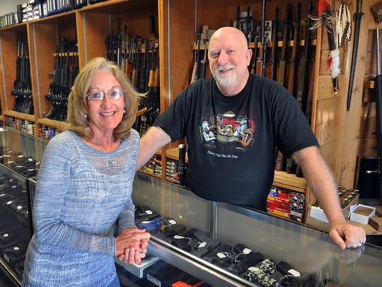 Ted and Becki Knox are owners of Texas Knifeworks and