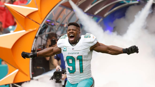 Dolphins defensive end Cameron Wake could make it a very long day for the Jets' depleted offensive line. (AP Photo/Lynne Sladky)